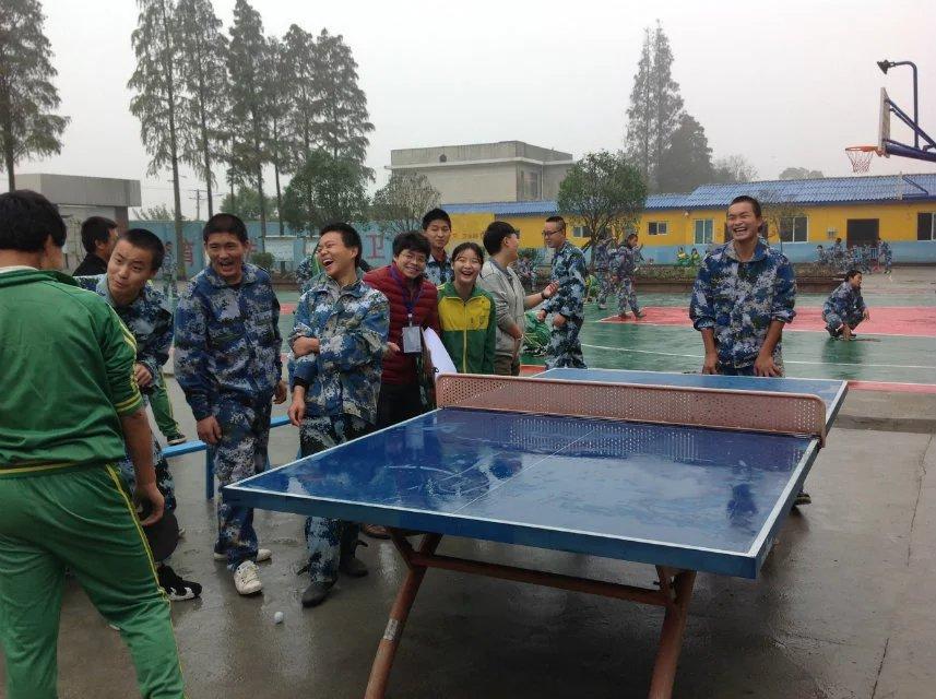 心励开展冬季三球运动会——乒乓球比赛